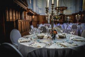 Diner in de Ruïnekerk Bergen h